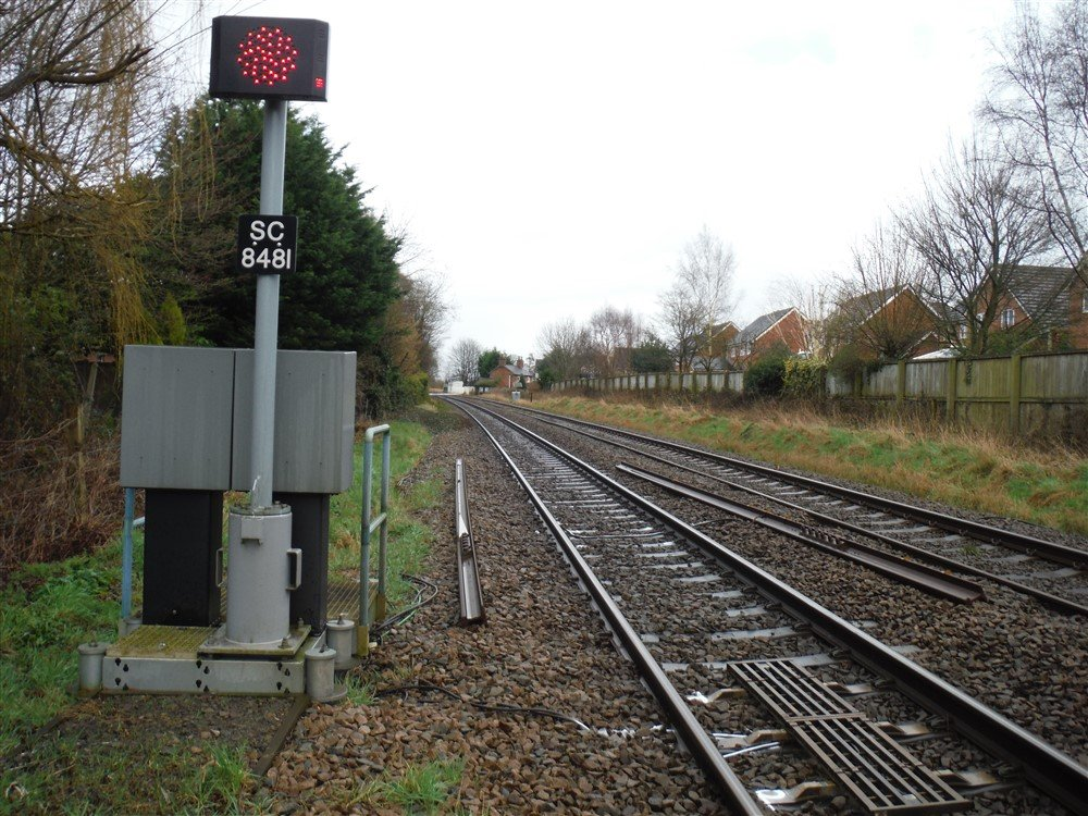 Structural Rail examination of railway structures